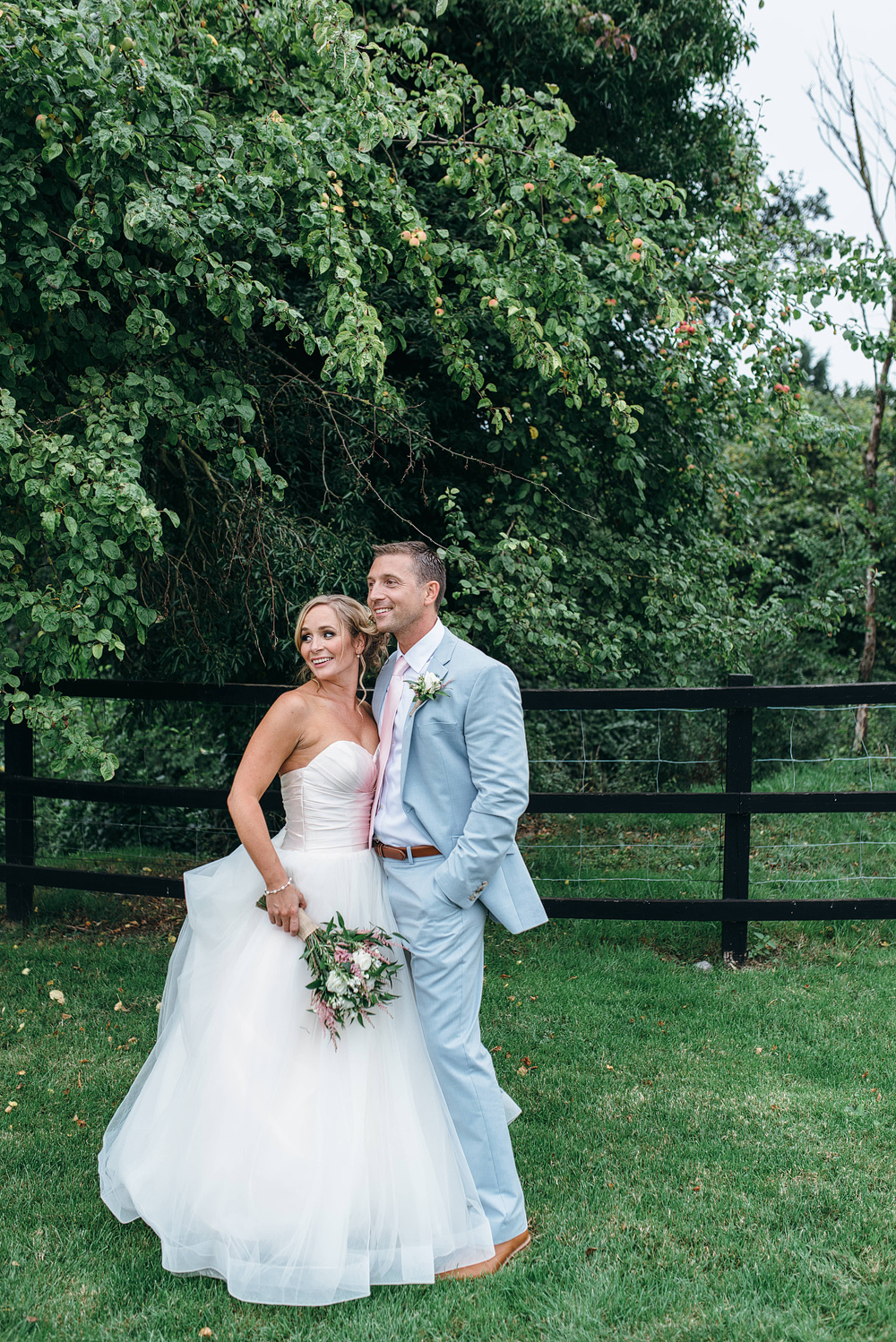 bride and groom romantic moment at reid rooms